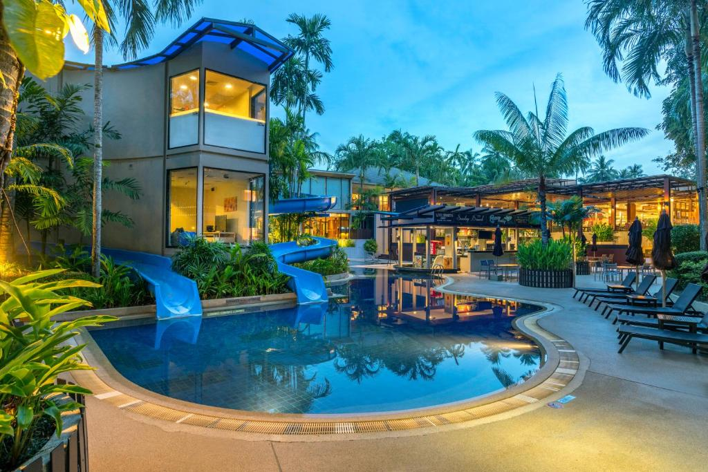 Novotel Et Surin Beach Resort