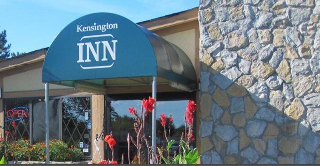 Kensington Inn - Howell