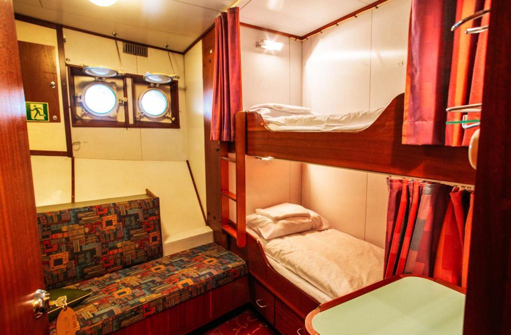 Vacanze in Finlandia: l'hotel dentro al traghetto, Helsinki