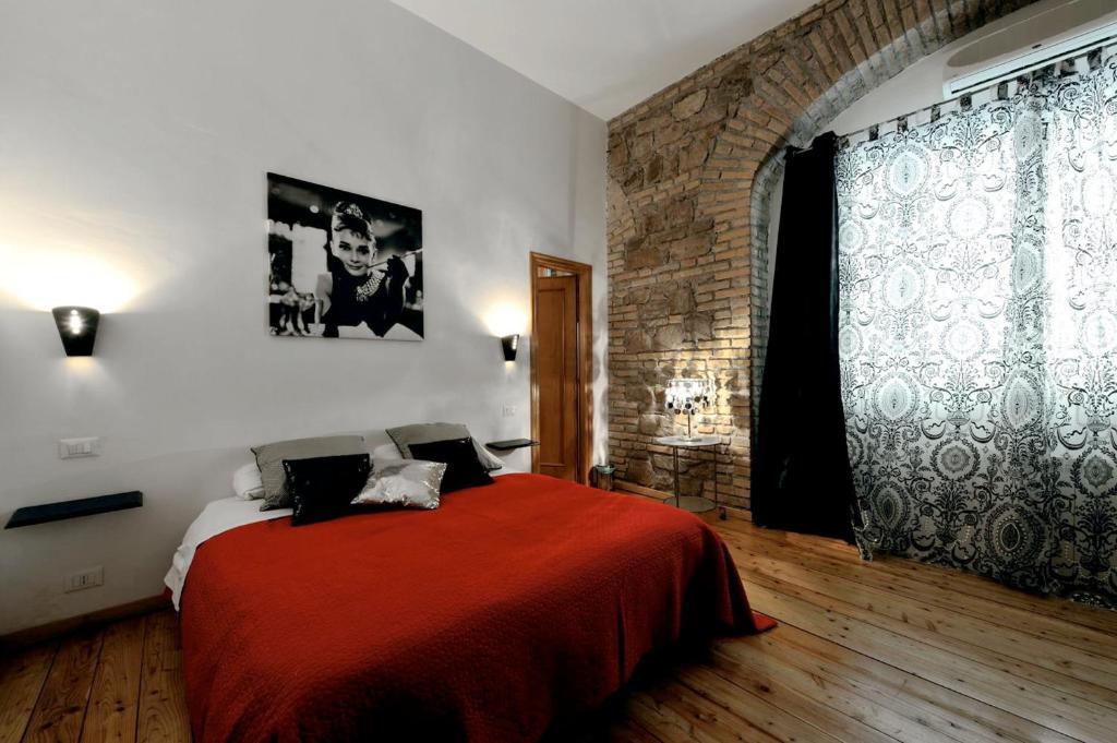 Caesar's Rooms