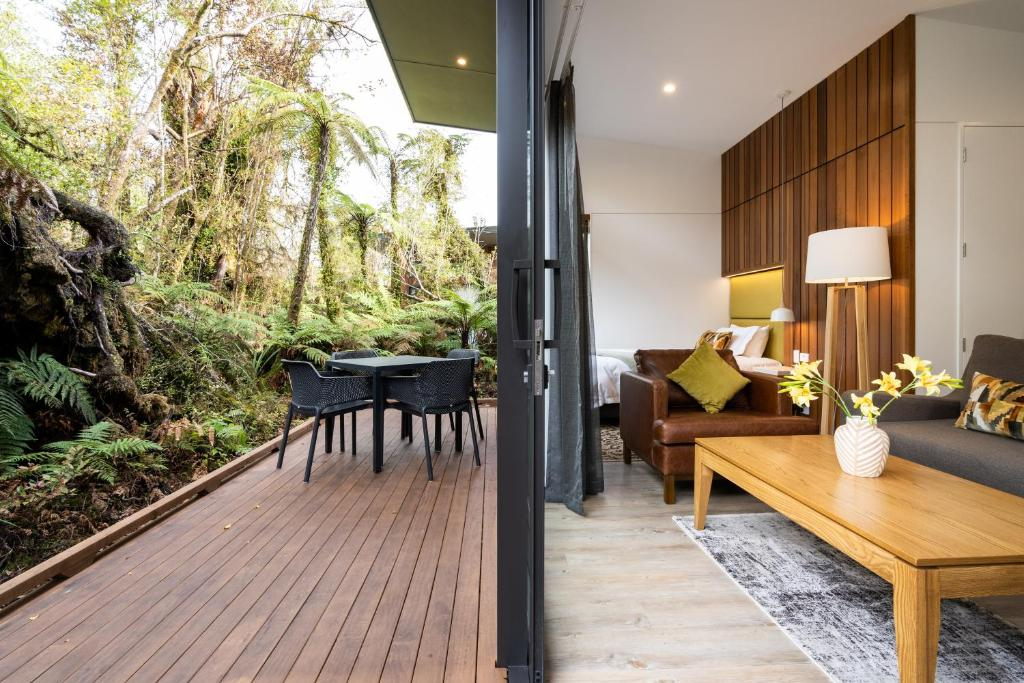 Rainforest Retreat