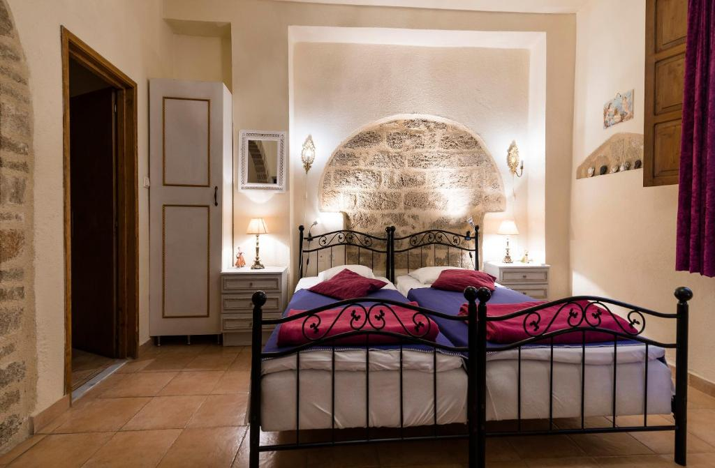 Apartment Kristina S Rooms Rhodes Greece Booking
