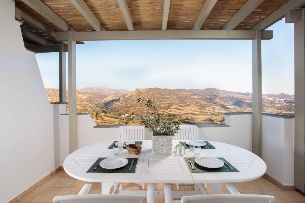 Halcyon Villas Naxos