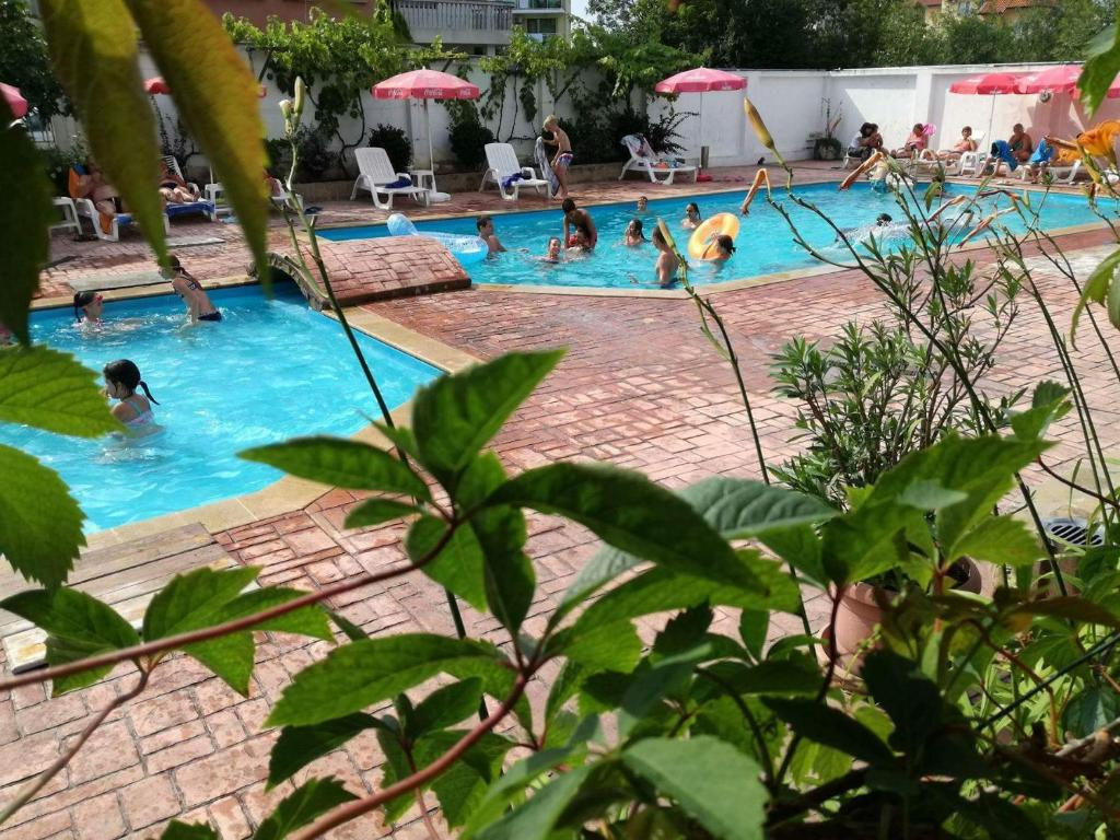 The swimming pool at or close to Alba Family Club Hotel