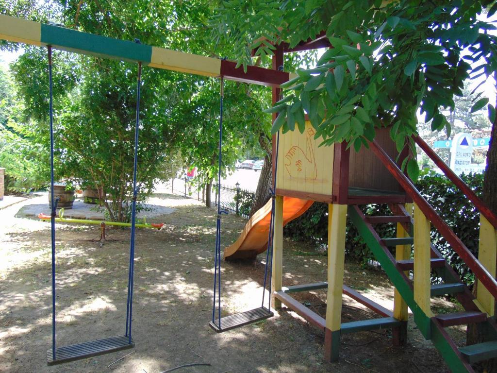 Zona de joacă pentru copii de la Hotel Holiday