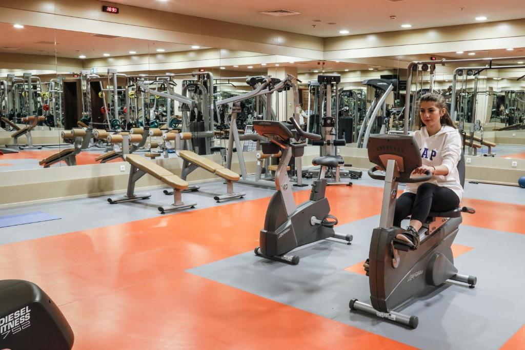 Фитнес-центр и/или тренажеры в ISG Sabiha Gökçen Airport Hotel