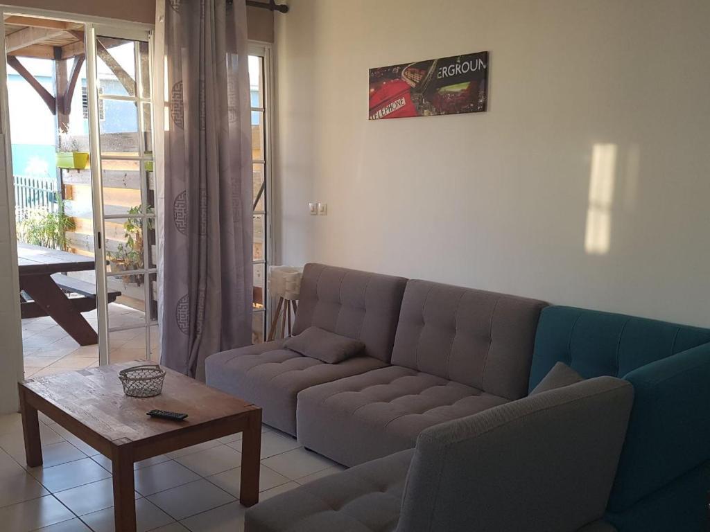 Apartment CHIRIJIEN BLÉ, Le Robert, Martinique - Booking.com
