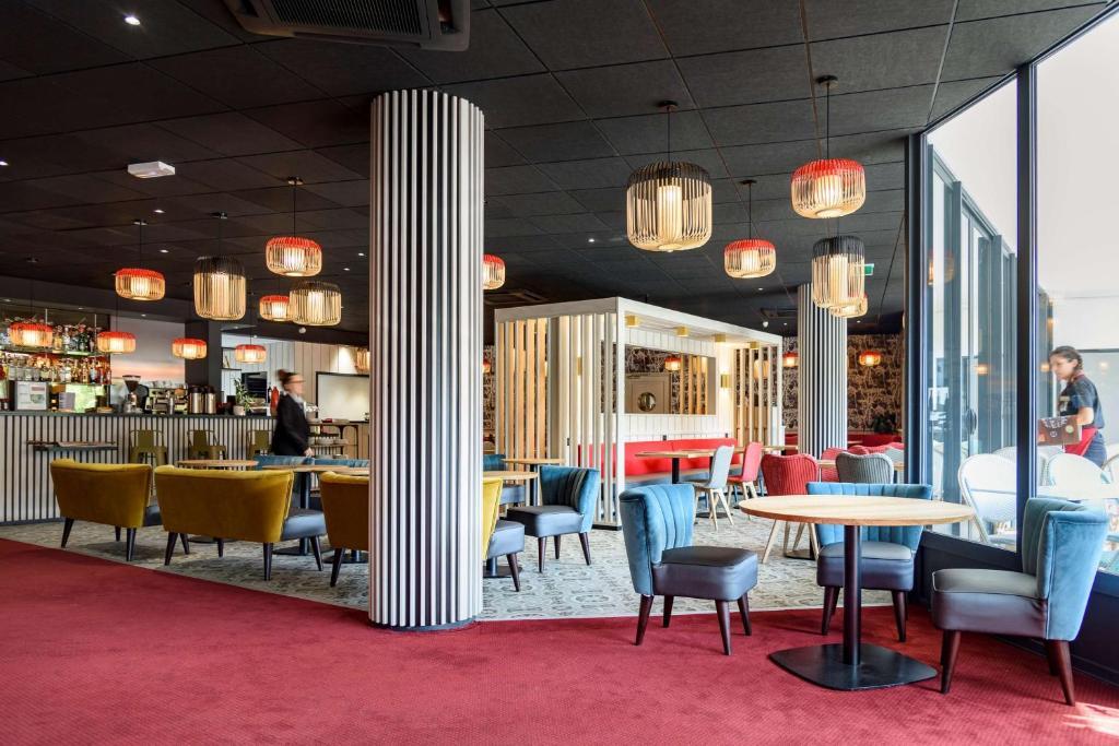 Restaurant ou autre lieu de restauration dans l'établissement Best Western Bastia Centre