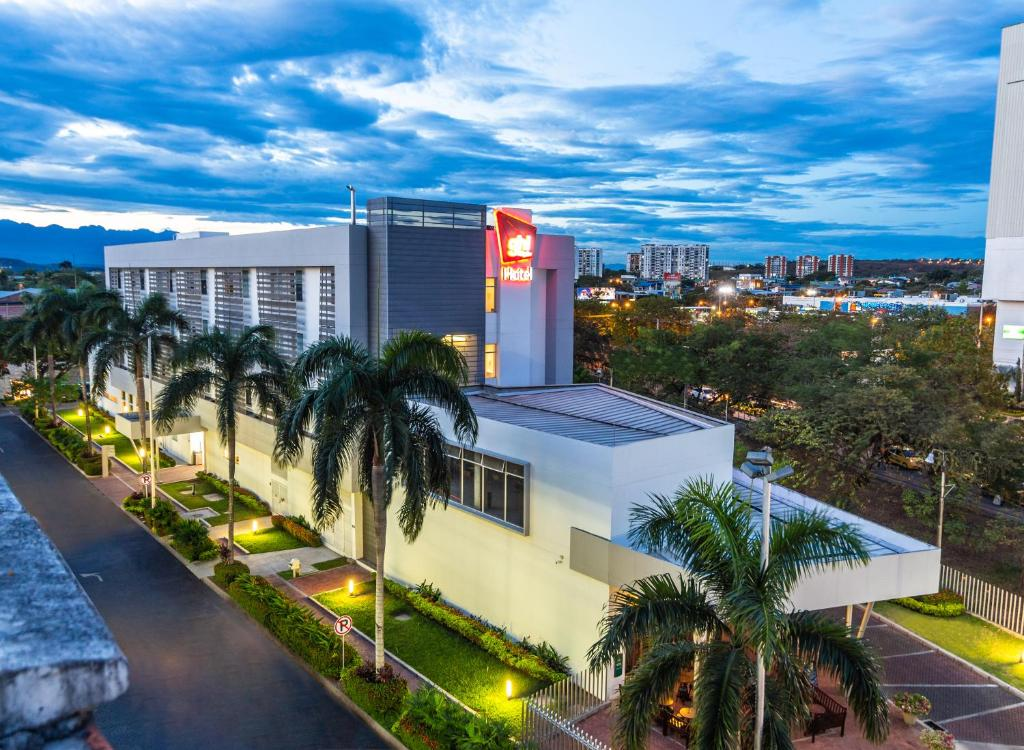 Ghl Hotel Neiva Colombia Booking Com
