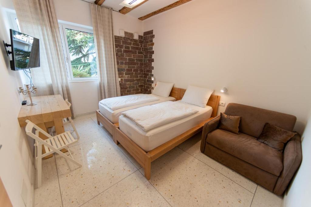 Letto Matrimoniale A Bolzano.Apartment Gardar Bolzano Italy Booking Com