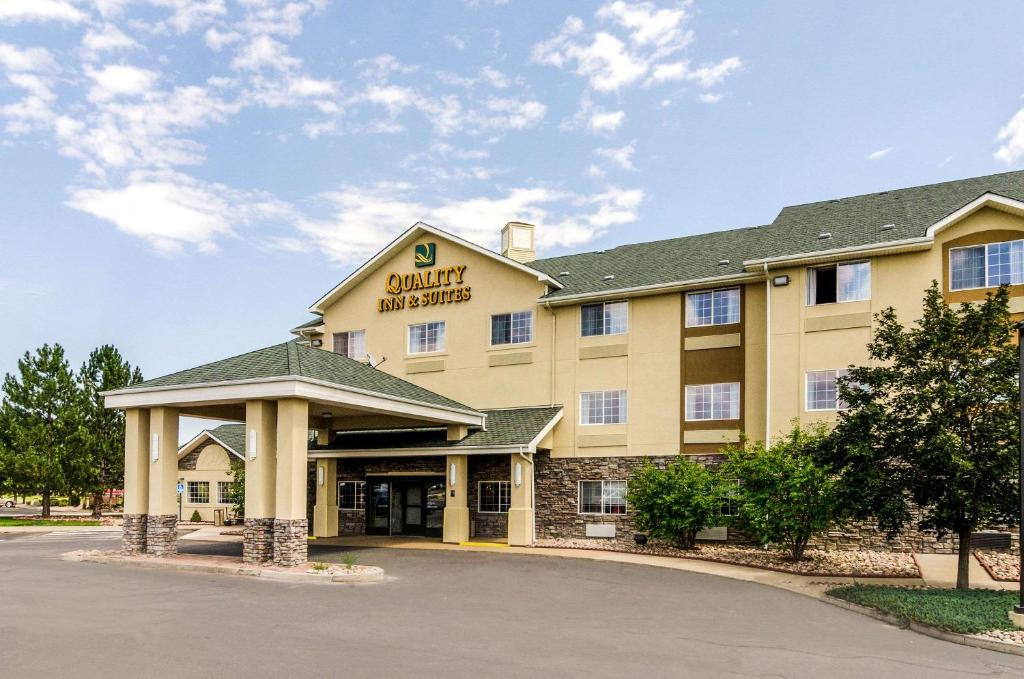 Quality Inn & Suites, Westminster, CO - Booking.com
