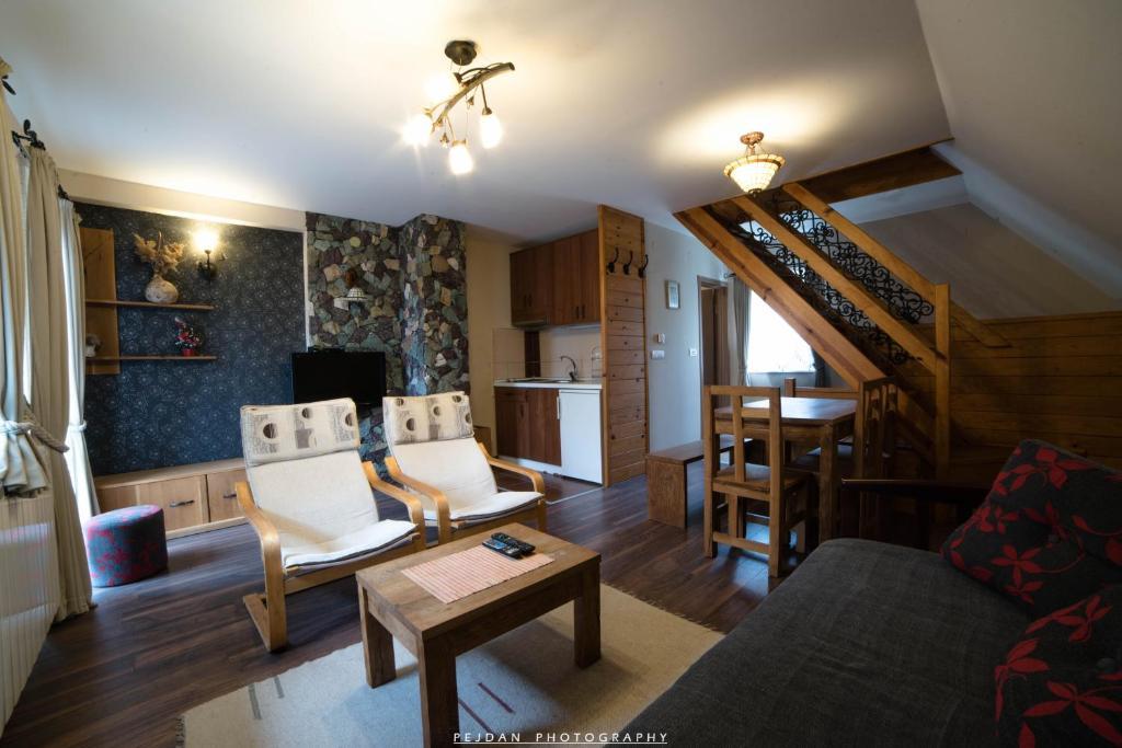 Snežna Kuća Apartments