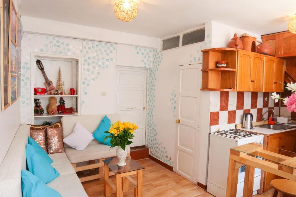 Una cocina o zona de cocina en Nice and cozy apartments in center of Cusco