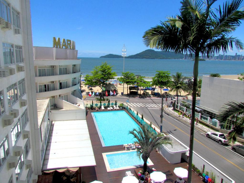 A view of the pool at Marambaia Hotel & Convenções or nearby