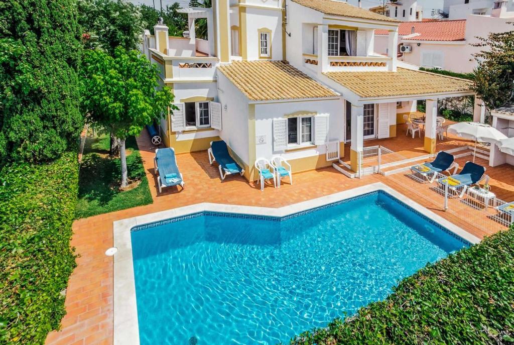 Villa Alana, Guia, Portugal - Booking.com