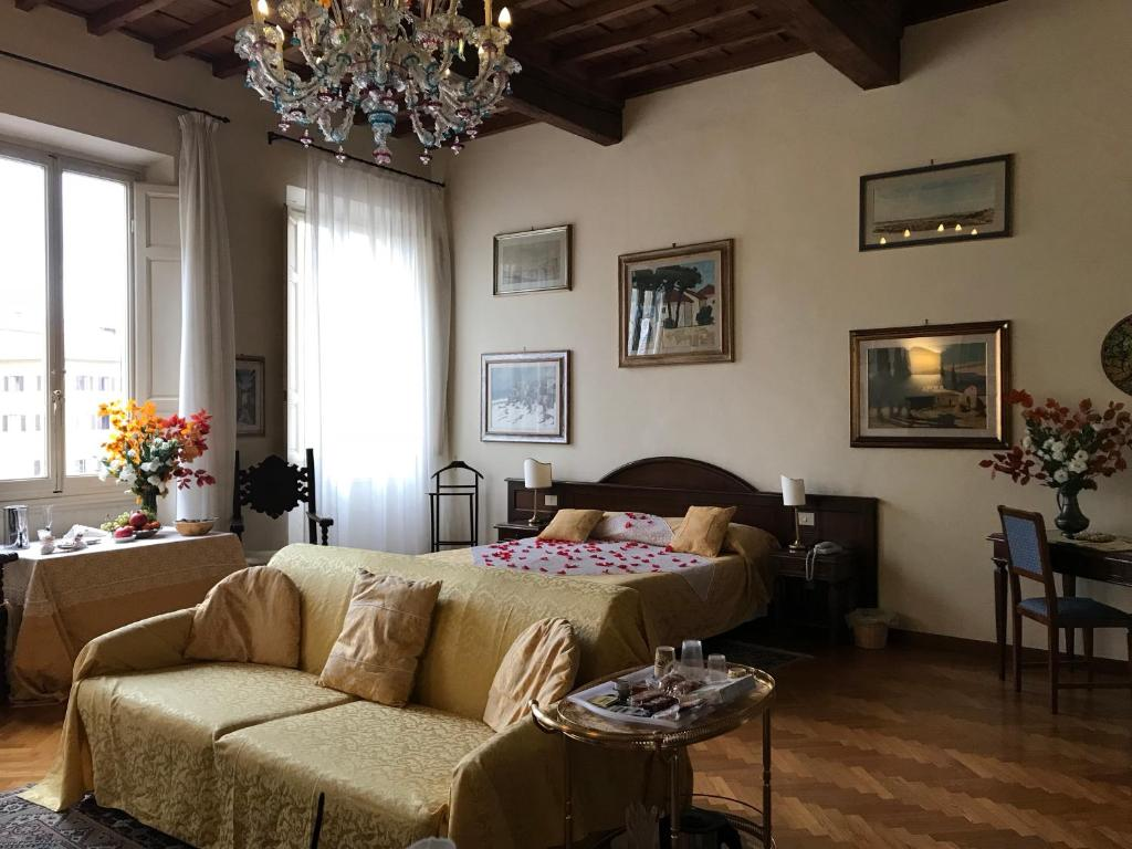 Bed and Breakfast Soggiorno Antica Torre, Florence, Italy ...