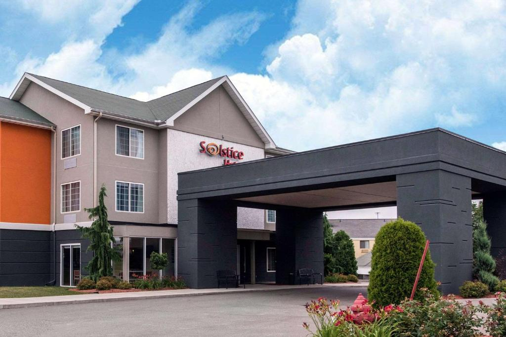 Hotels In Erie Pa >> Solstice Hotel Erie Pa Booking Com