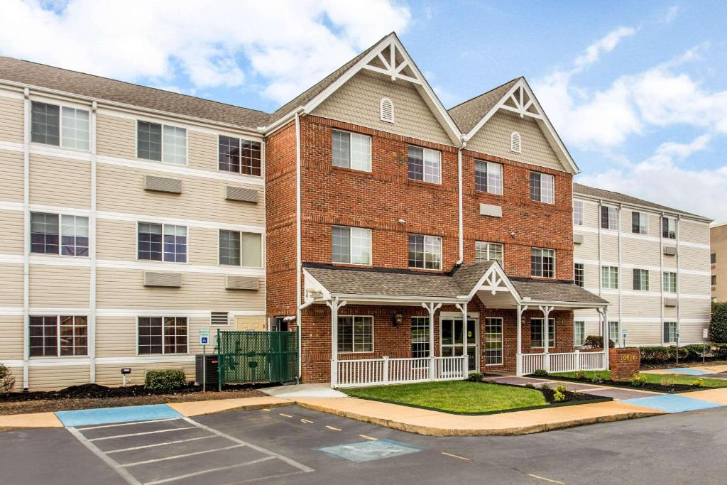 MainStay Suites Greenville Airport.