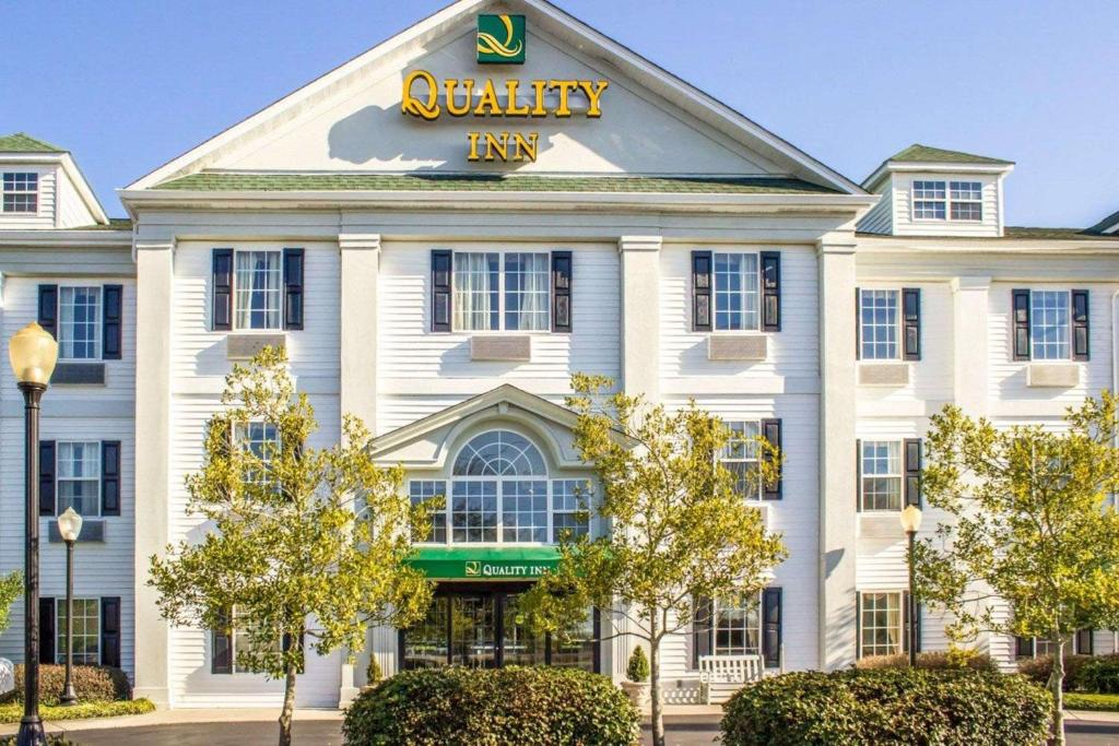 Quality Inn Near Seymour Johnson Goldsboro Nc Booking Com