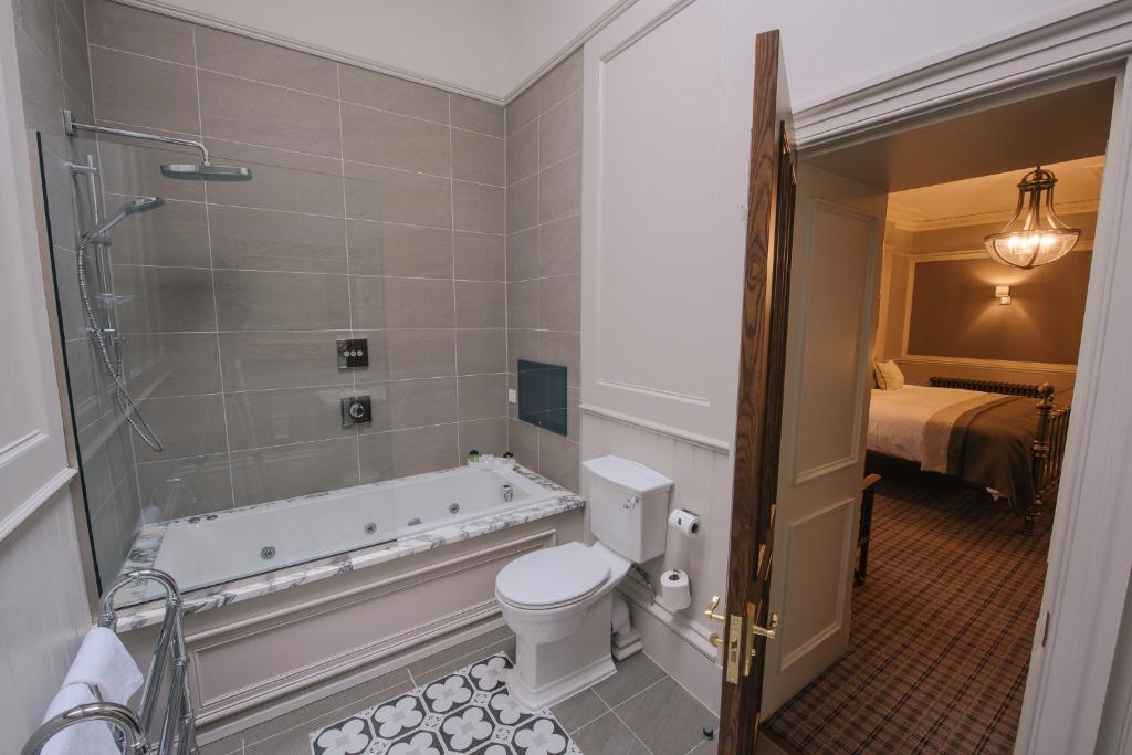 Cornhill House Hotel