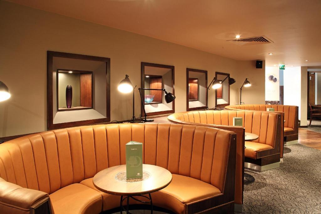 DoubleTree by Hilton Bristol City Centre