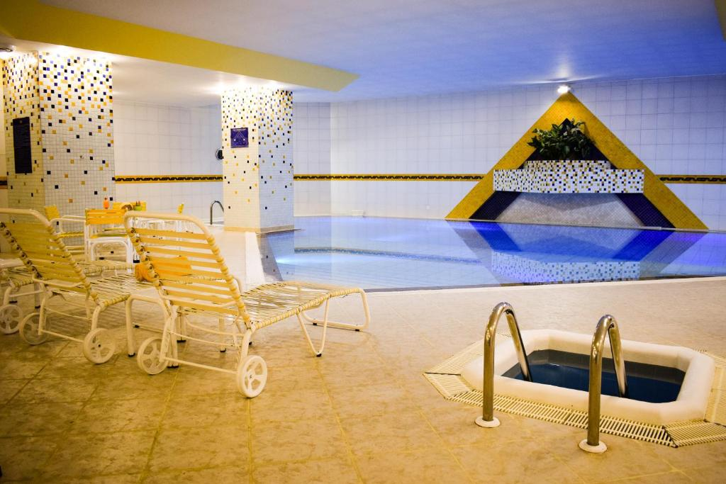 The swimming pool at or near Hotel Europa