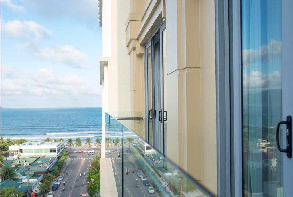 A balcony or terrace at Richico Apartments And Hotel