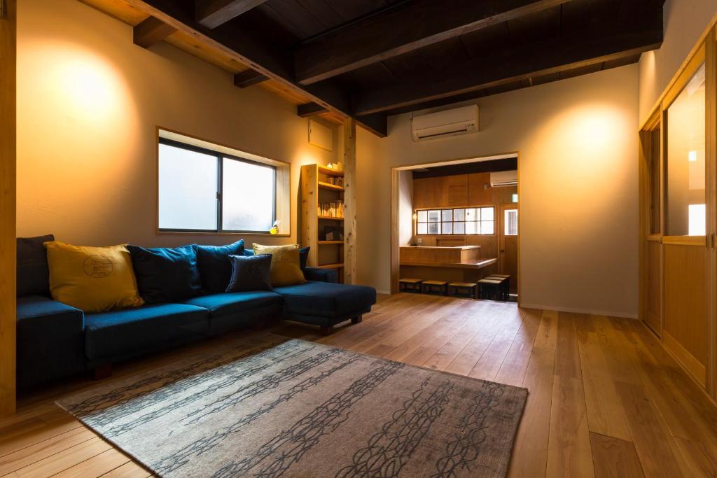 אזור ישיבה ב-Hostel Nagayado Osaka