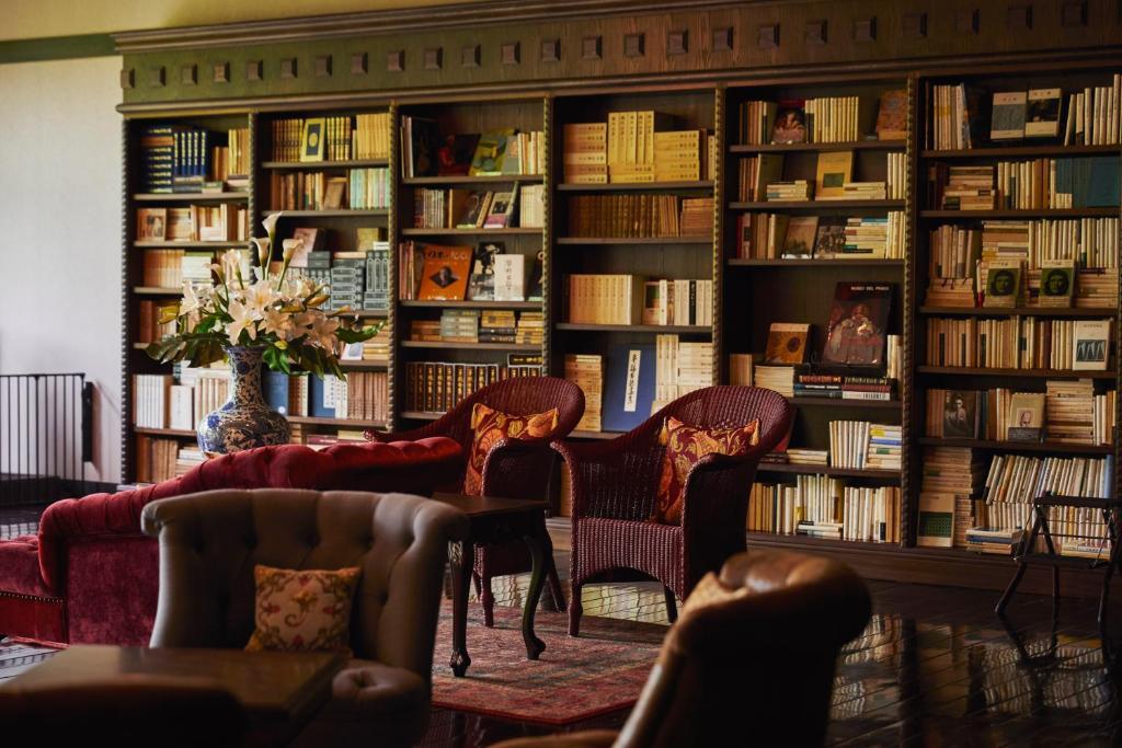 旅館にある図書室
