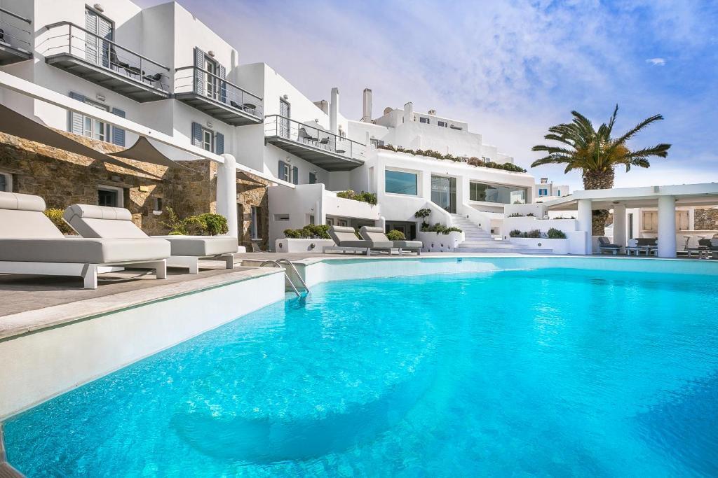 里歐馬里斯酒店游泳池或附近泳池