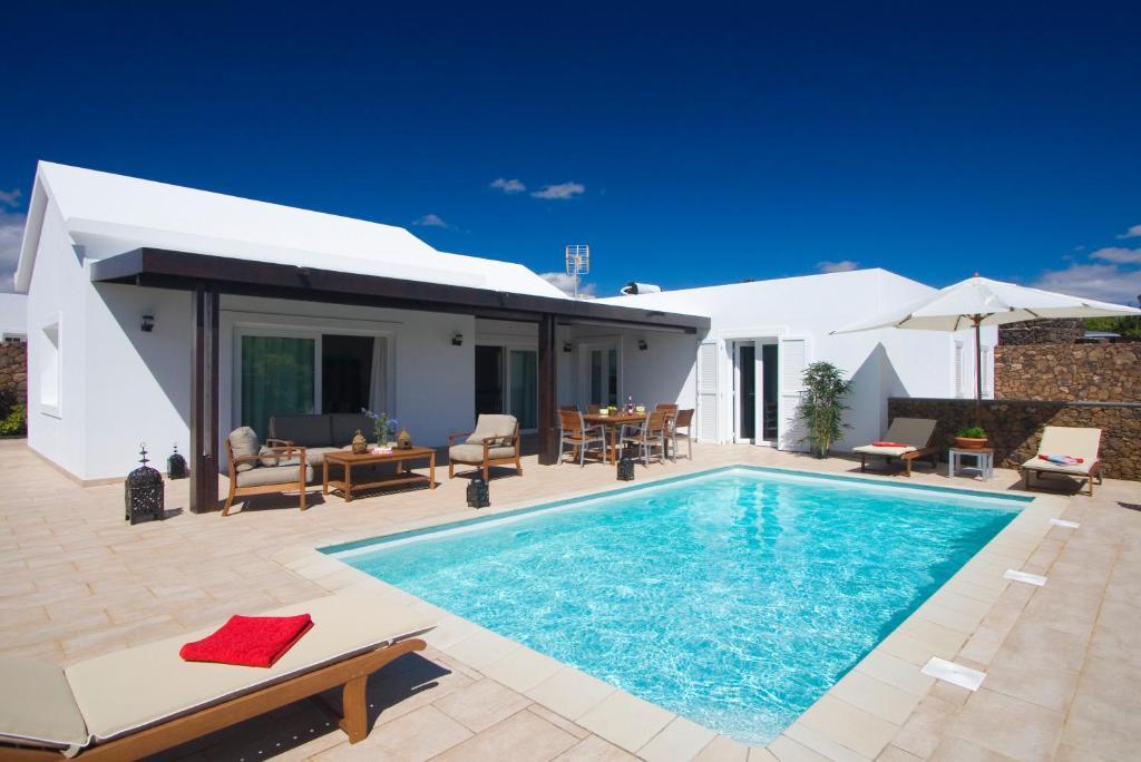 Coral Villas, Puerto del Carmen – Updated 2019 Prices