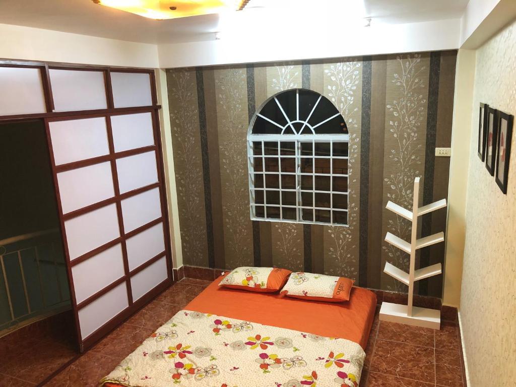Homestay QUEEN BEE - Room near the ferry, Rạch Giá, Vietnam
