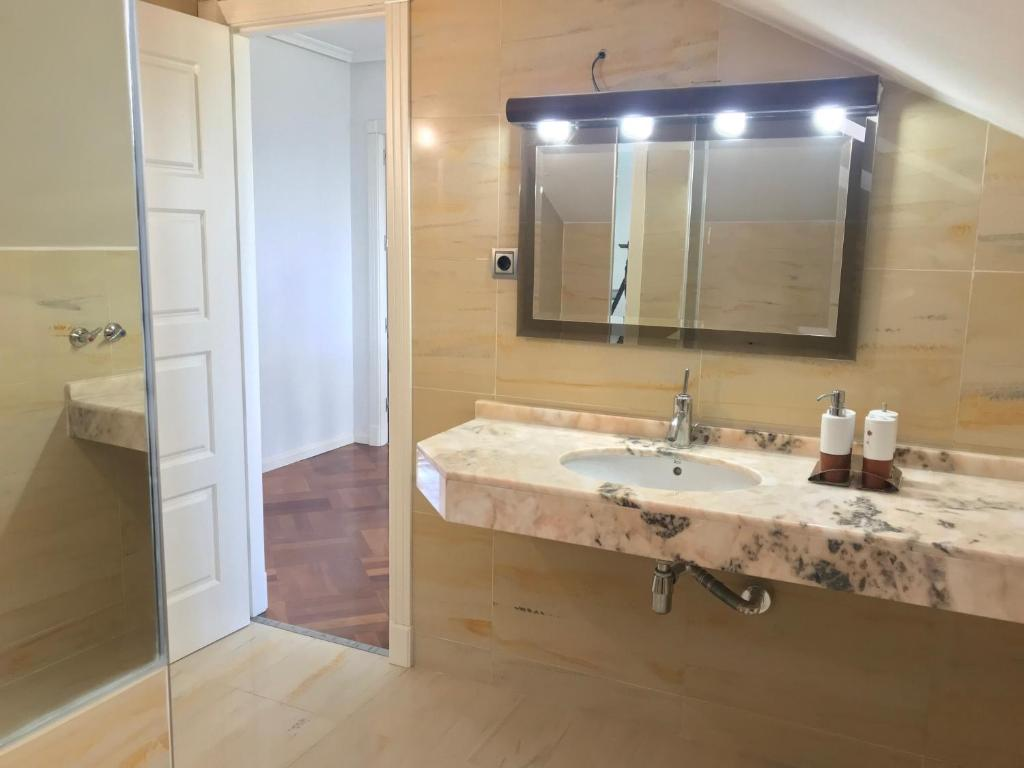 Guesthouse Martel, Majadahonda, Spain - Booking.com
