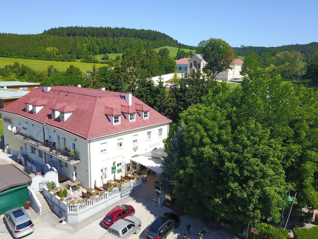 A bird's-eye view of Gasthof zum alten Jagdschloss