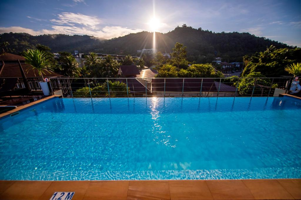 Бассейн в The Small Hotel Krabi или поблизости