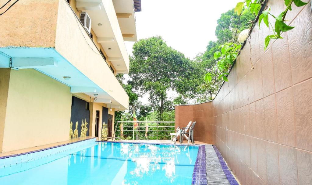 The swimming pool at or near Kandy View Hotel
