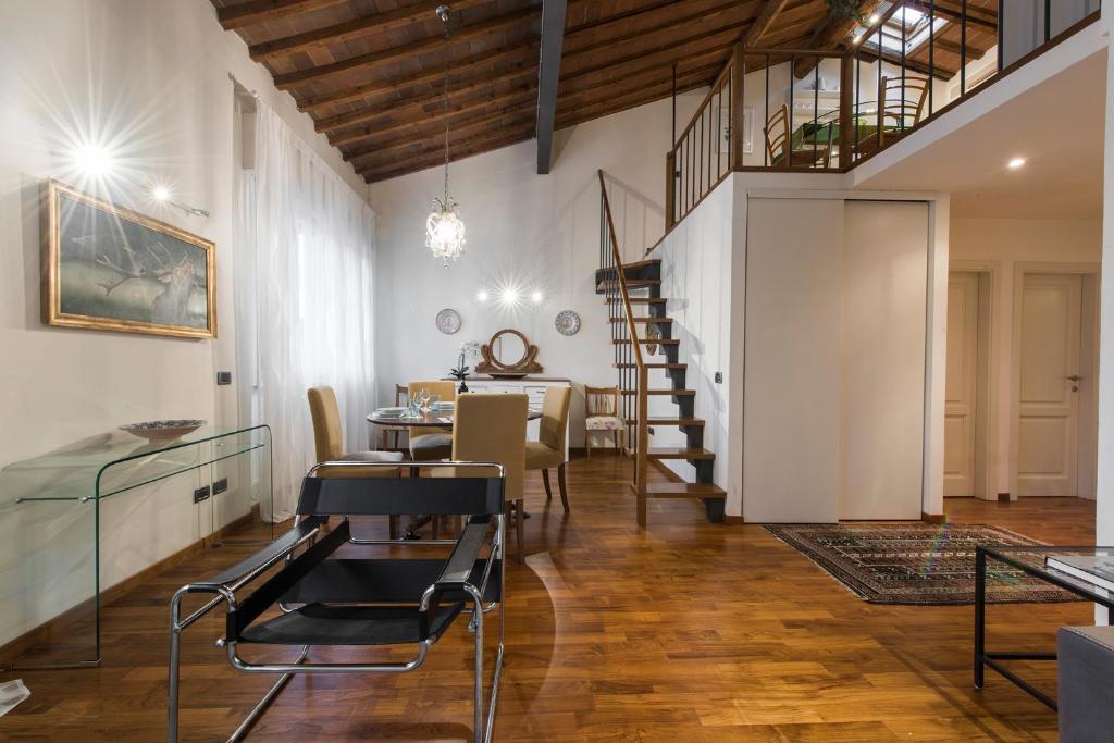 Lejligheden Il Prato Di Ognissanti Italien Firenze Booking Com