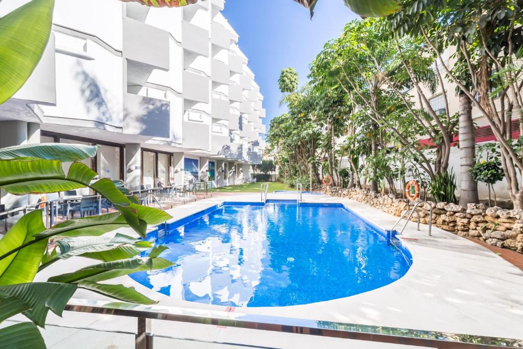 Het zwembad bij of vlak bij Roc Lago Rojo Adults Recommended