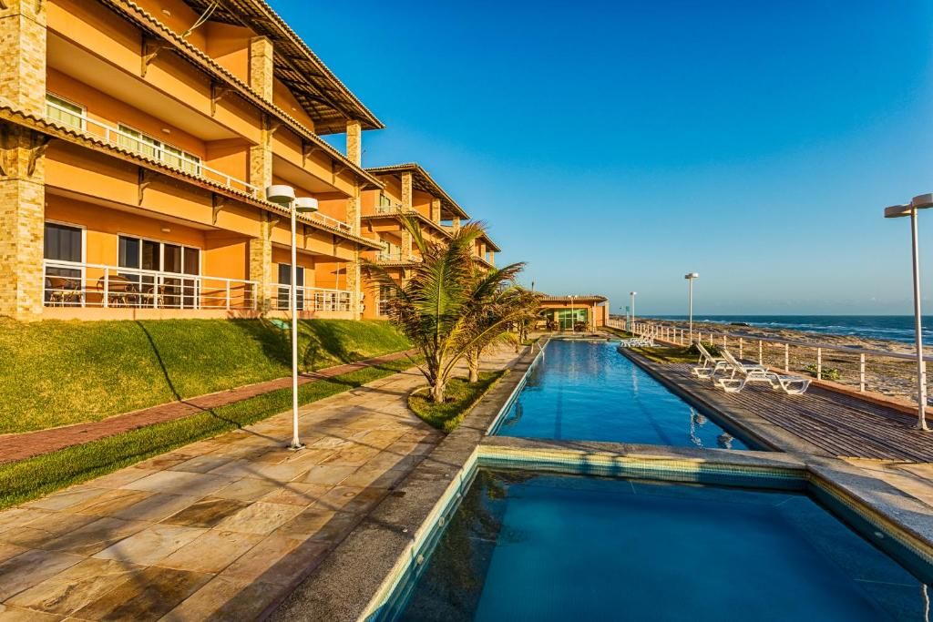 The swimming pool at or close to Dream Away Uruaú Beach Residences