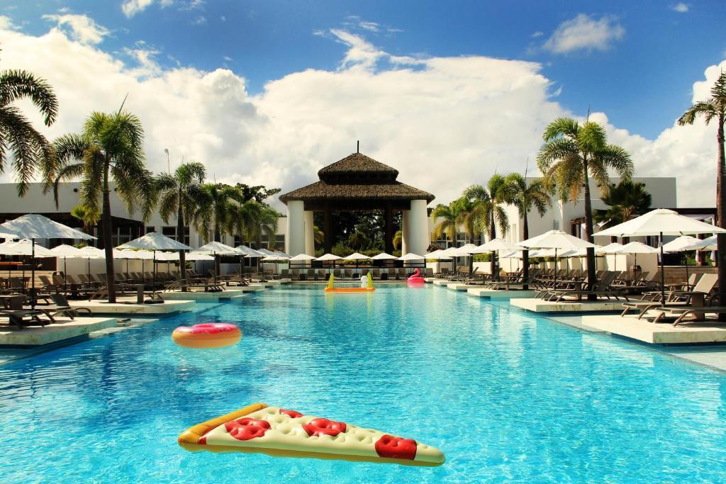 The swimming pool at or near Balu Beach