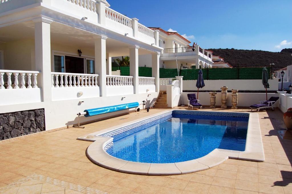 Villa Roque Del Conde, Las Americas, Tenerife, Adeje ...