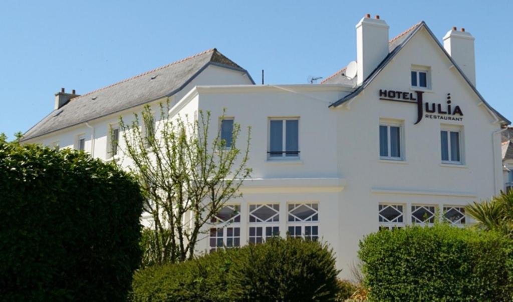 Hotel Julia Crozon France Booking Com