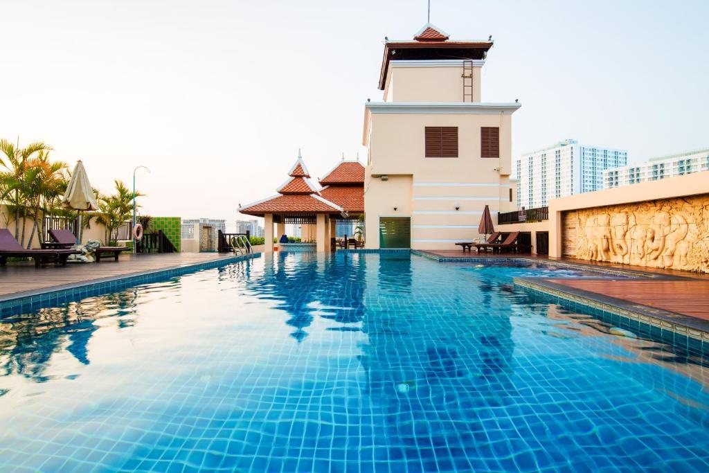 The swimming pool at or near Aiyara Palace