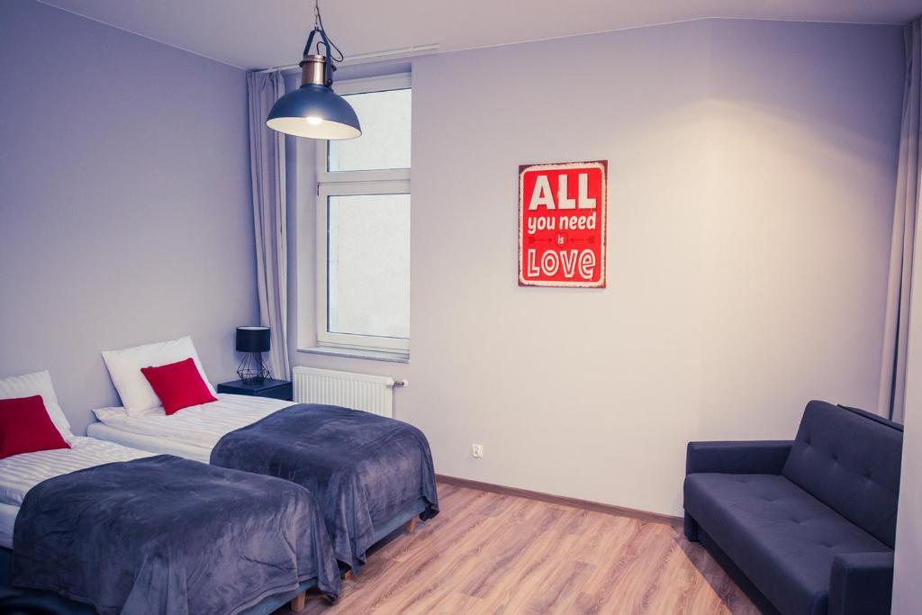 A seating area at Apartamenty 21 Basic