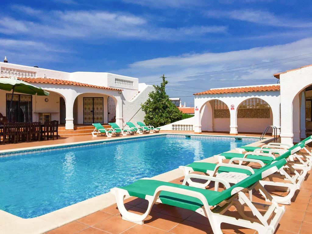 The swimming pool at or near Benagil Villa Sleeps 9 Pool WiFi