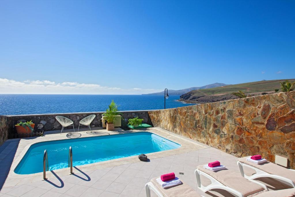 Villa Tjena (Spanje Puerto Calero) - Booking.com