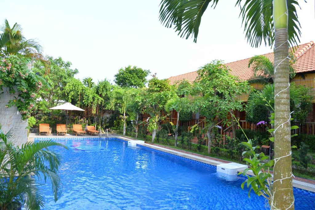Đông Xuân Hồng Guest House