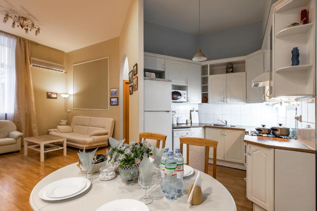 Apartment on Gorohovaya, Saint Petersburg, Russia - Booking com
