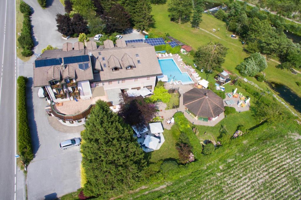 منظر Hotel Aurora من الأعلى