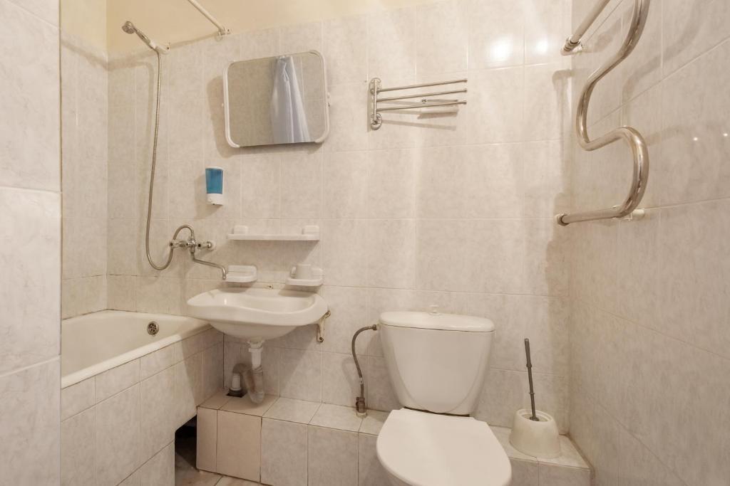A bathroom at Lermontov Health Resort